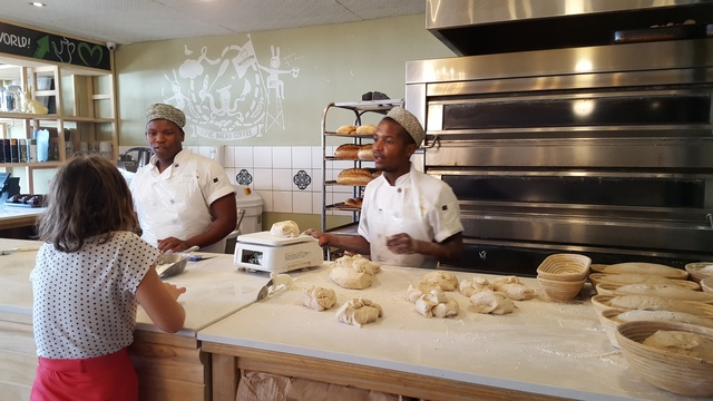 Vovo Telo - deli restaurant with freshly baked produce daily
